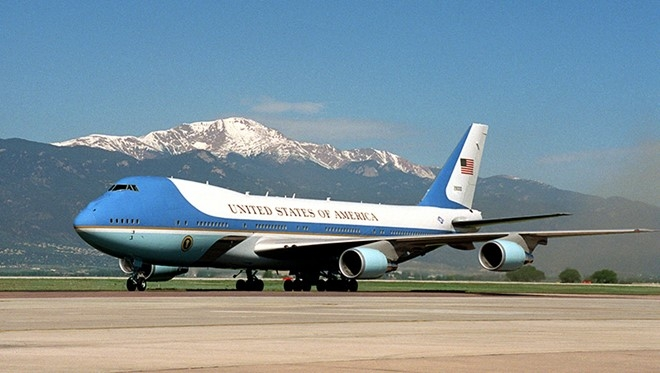 air-force-one-cua-tong-thong-obama-toi-viet-nam-rang-sang-23/5