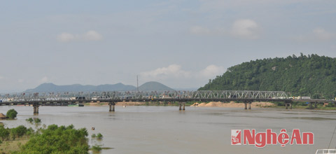 vinh-–-the-city-on-the-lam-river