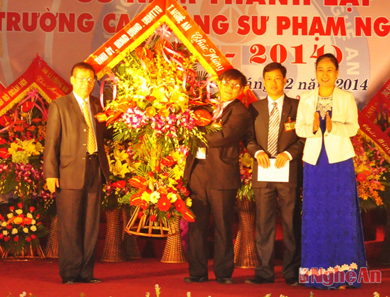 ky-niem-55-nam-thanh-lap-truong-cao-dang-su-pham-nghe-an