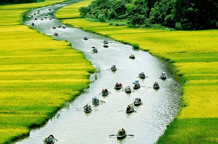 vietnam-is-beautiful-in-time-lapse-video
