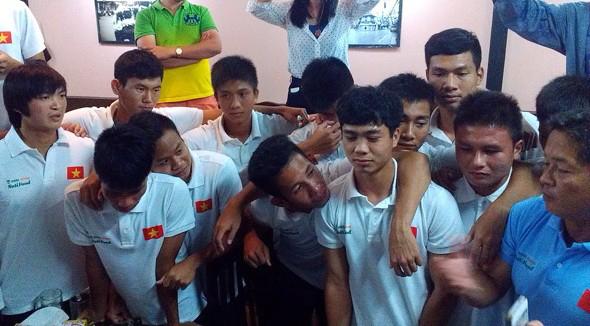 cong-phuong-noi-loi-chia-tay-u19-viet-nam