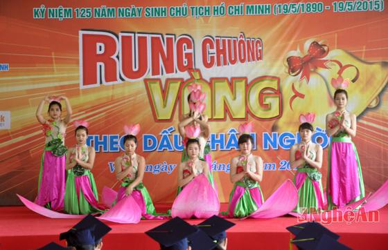 hoi-thi-rung-chuong-vang:-theo-dau-chan-nguoi
