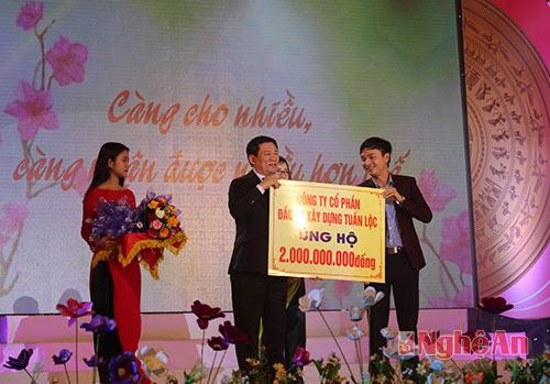 hon-39-ty-dong-ung-ho-tet-vi-nguoi-ngheo-binh-than-2016